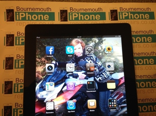 Apple iPad 2 lcd fitted for £95