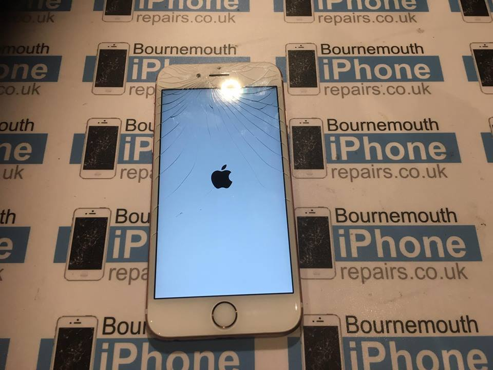 iPhone 6S with broken glass touchscreen before the repair