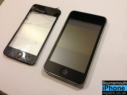 iPod Touch 2nd Generation with smashed screen